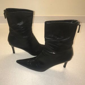 Women's 7 Gucci Black Leather Boots